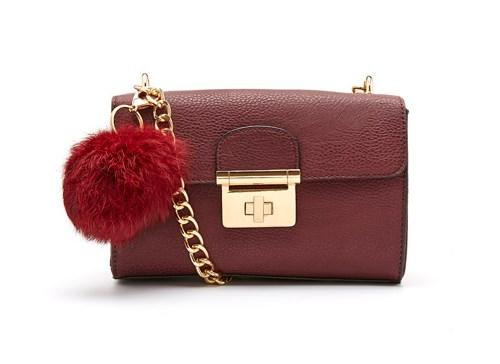 "**Buy**: Novo bag, $59.95 at [Novo](https://www.novoshoes.com.au/handbags/ayla_9340218529698 target=""_blank"")"