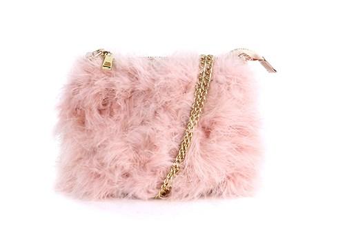 """**Buy**: Novo bag, $69.95 at [Novo](https://www.novoshoes.com.au/handbags/?shoe=alexia_9340218525843 target=""""_blank"""")"""