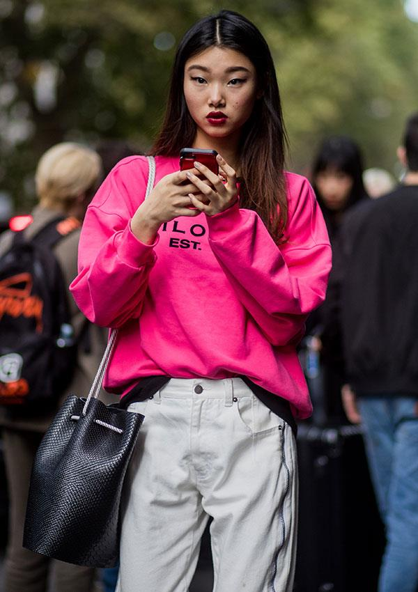**Cool-Skinned: Deep Pink**