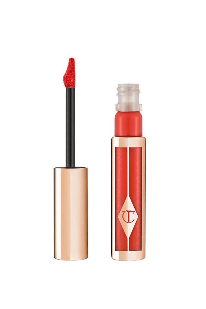 "Mandy Moore repped a red carpet beauty look we're sure to remember thanks to this bright orange lip colour. <br><br> **Charlotte Tilbury Hollywood Lips In ""Walk of Fame"", $49 at [Charlotte Tilbury](http://www.charlottetilbury.com/au/hollywood-matte-liquid-lipstick-walk-of-fame.html