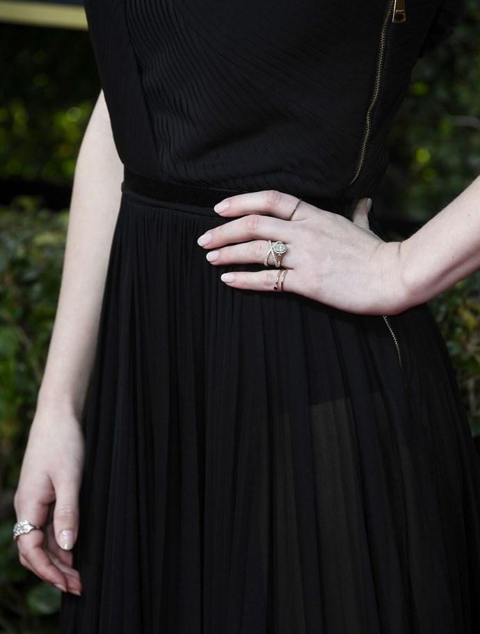 Rachel Brosnahan wears Shiffon to the 2018 Golden Globes