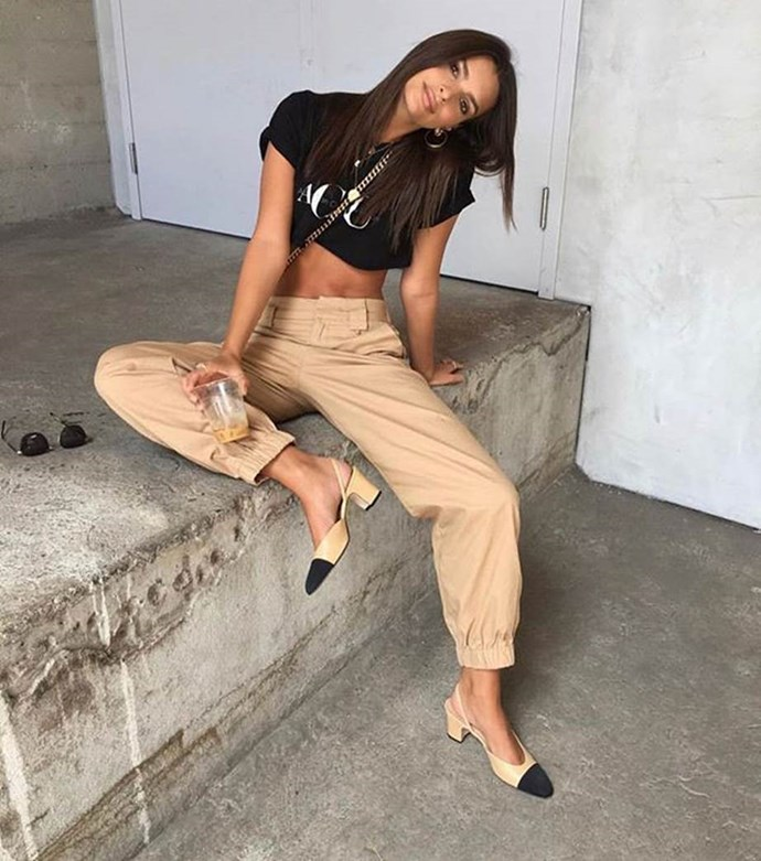 "**Emily Ratajkowski**   Wearing [Cobain Pants](https://iamgia.com/products/cobain-cargo-tan|target=""_blank""