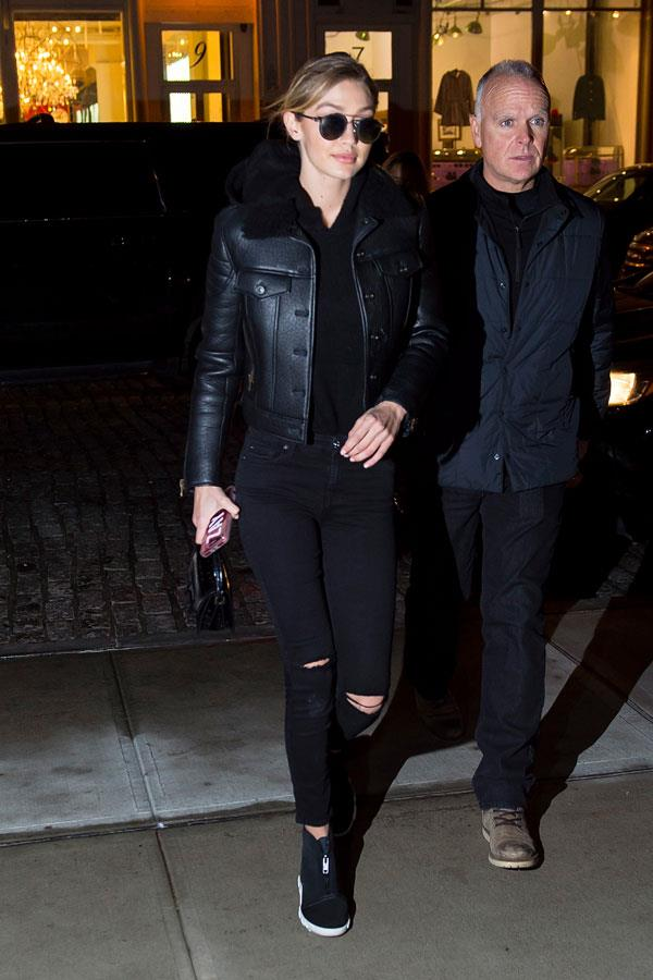 Overnight Gigi Hadid stepped out in New York City wearing head-to-toe black, with ripped jeans and a structured leather jacket. But in this killer look she managed to hide a subtle shout out to her boyfriend, Zayn Malik. Can you spot it?