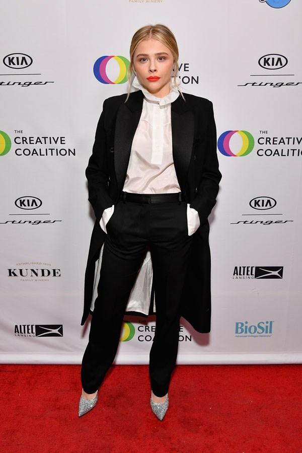 Chloë Grace Moretz in Victoria Beckham at 2018 Spotlight Initiative Awards Gala Dinner
