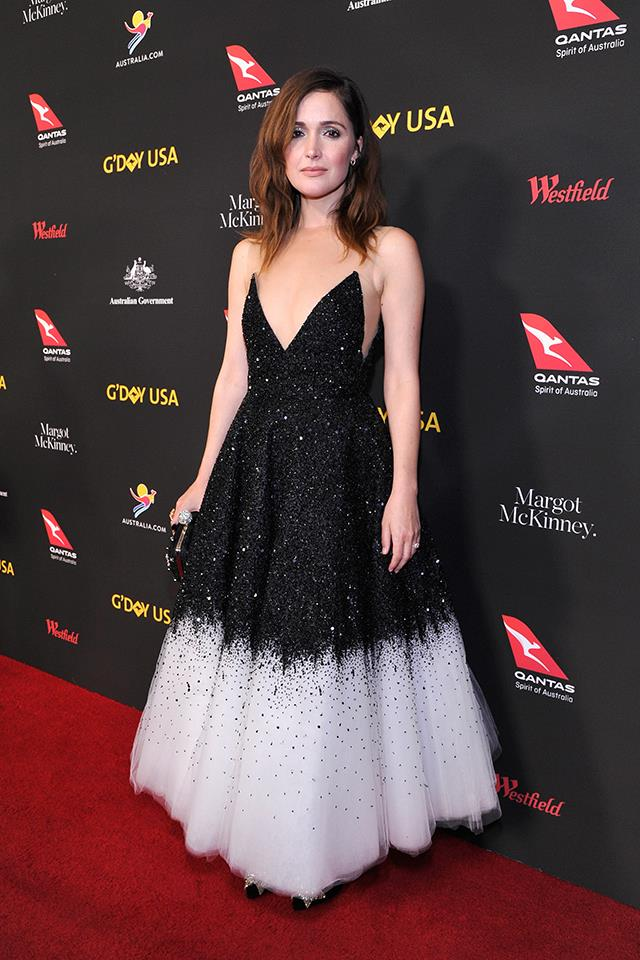 Rose Byrne in Oscar de la Renta.