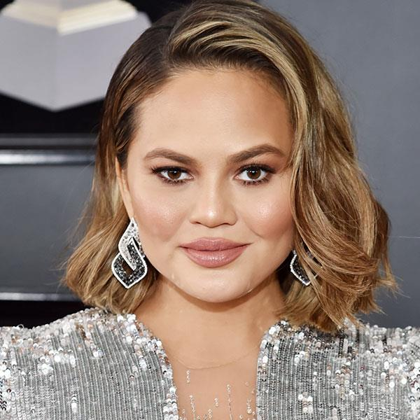 **Bronzed All-Over** <br> When your bronzed cheeks match your lips and your eyes. A sun-kissed glow never goes out of fashion, as exhibited here by Chrissy Teigen and Kristin Cavallari!  <br> <br> *Chrissy Teigen*