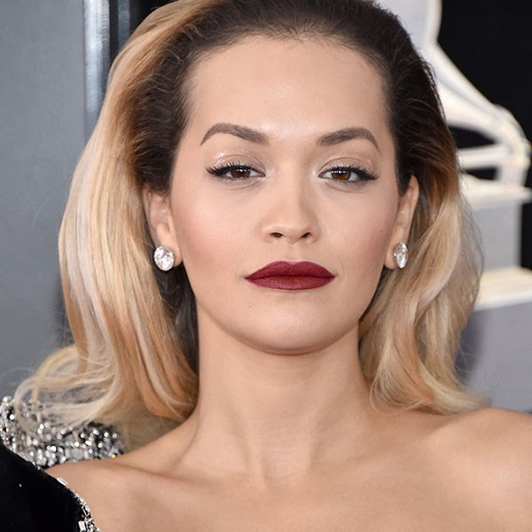 **Brushed Out Curls** <br> Dress down glamour curls with a quick brush. Rita Ora and Hailee Steinfeld are both visions on the Grammys red carpet with soft, bouncy curls. <br> <br> *Rita Ora*