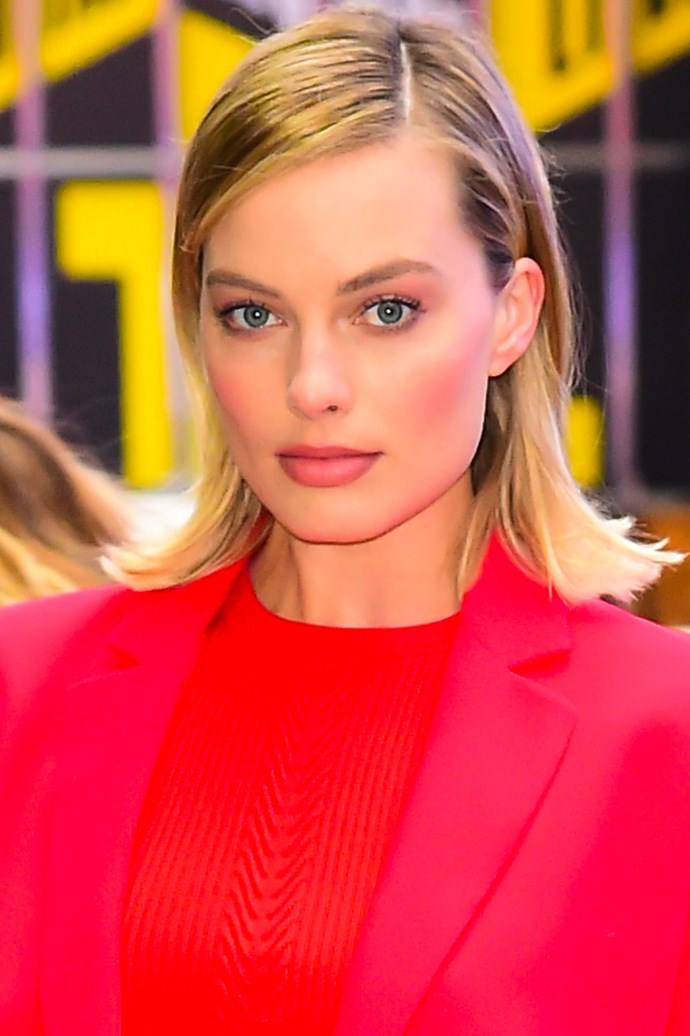 We're loving this tonal look, complete with fine eyeliner and smoothed down hair with flicked ends.