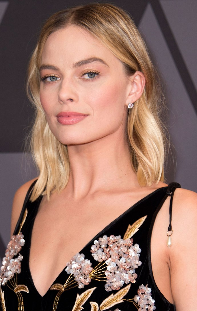 Just another Margot lob pic.