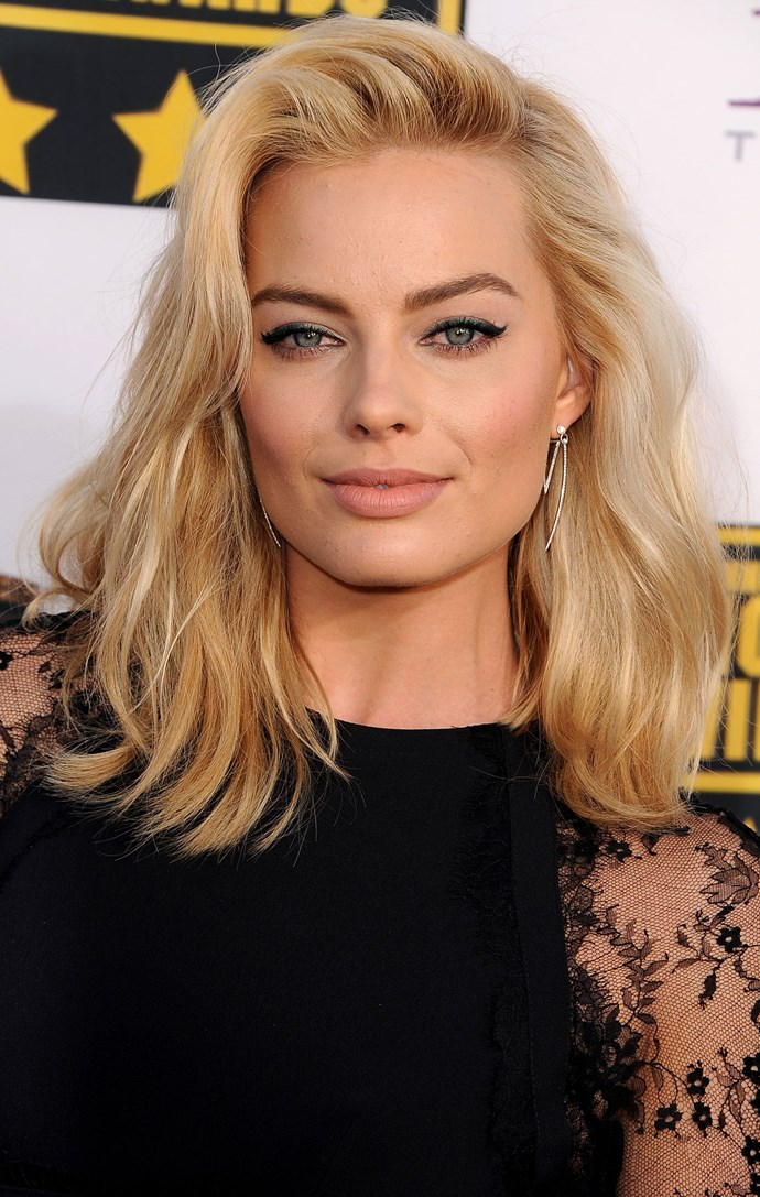 Hello bombshell! We are forever trying to replicate this relaxed, 'morning after' style 'do and cat eye combo.