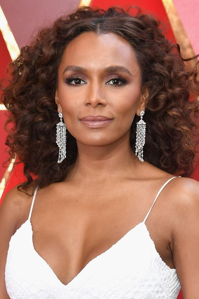 "**Janet Mock** <br> Author and TV host Janet Mock's makeup was paired back with an emphasis on bold lashes. (Fun fact: According to Pinterest, 'next level lashes' are *the* beauty trend of 2018. Read more about the trend [here](https://www.cosmopolitan.com.au/beauty/eyelashes-beauty-trend-of-2018-pinterest-25604|target=""_blank"").)"