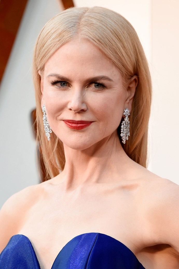 **Nicole Kidman** <Br> Nicole Kidman is a seasoned red carpet pro. This beauty look is refined, yet on trend. Her red lipstick has undertones of blue and compliments her skin tone like no other.