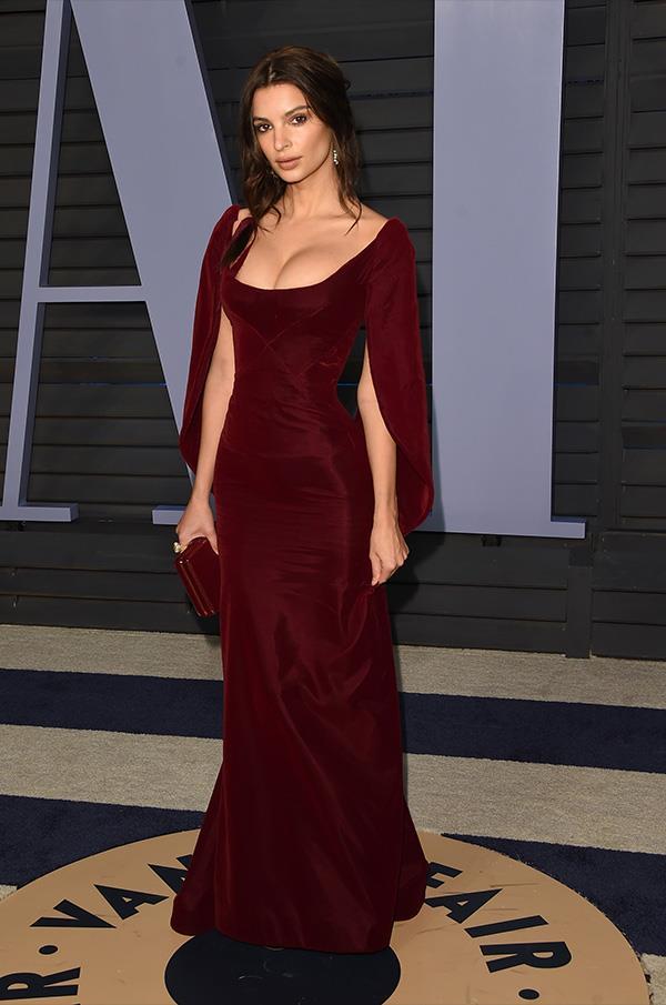 Emily Ratajkowski at the *Vanity Fair* Oscars party.