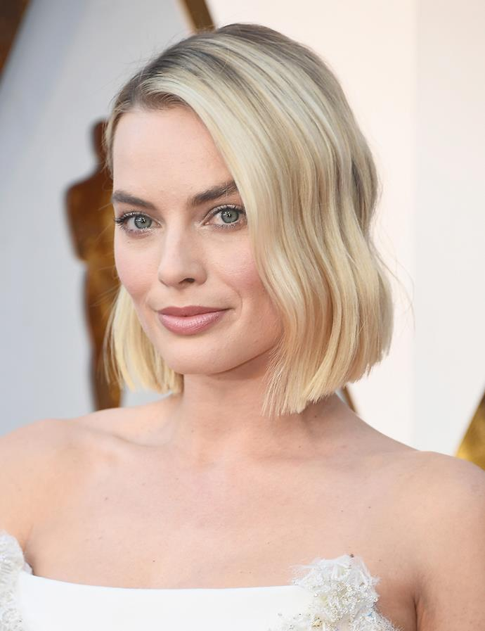Worn in a bob with subtle waves. <br><br> Margot pictured at the Oscars in March 2018.
