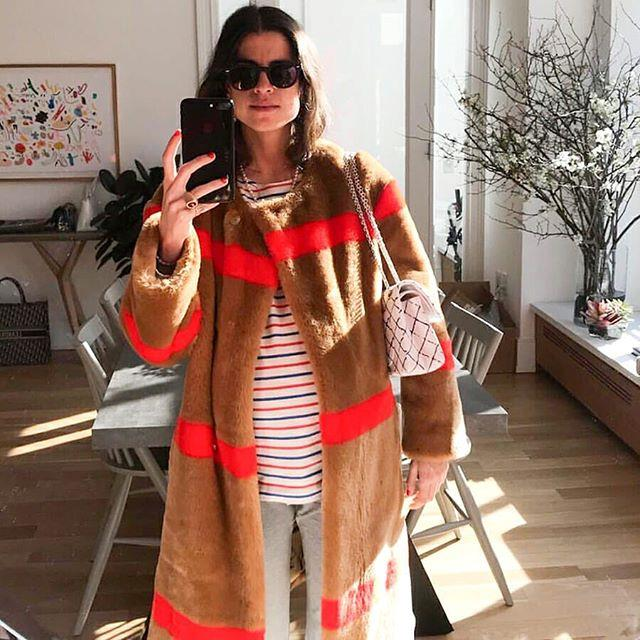 "<p><strong>[*@manrepeller*](https://www.instagram.com/manrepeller/|target=""_blank"")</strong></p> <br><p>A humorous approach for hard-core fashion lovers.</p>"