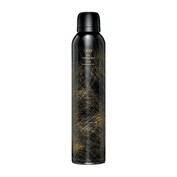 "**Oribe Dry Texturising Spray, $63 at [Adore Beauty](https://www.adorebeauty.com.au/oribe/oribe-dry-texturizing-spray.html?CAWELAID=255000110000142615&CAGPSPN=pla&CAAGID=48736654507&CATCI=aud-55941486023:pla-354776439315&gclid=CjwKCAiAr_TQBRB5EiwAC_QCq0UQBoWTr5UWyQm8ZkjGPoaaZK3_TkDaIb1ybCnb-ZllyuPeBSa_LhoCUB4QAvD_BwE&siteID=TnL5HPStwNw-RV3cfB9ReM7pAdTxrV9srQ|target=""_blank""|rel=""nofollow"")**<br><br>    [Markle's secret to voluminous, bouncy waves](https://www.harpersbazaar.com.au/beauty/how-to-get-meghan-markles-hair-15121|target=""_blank"") is this texturising spray. ""When my hair is feeling a little weighted, Suanne, my hair artist on set, has me bend forward and she sprays a little Oribe Dry Texturizing Spray… and then has me 'flip back hard' to give my hair a little extra bounce,"" she told [*Birchbox*](https://www.birchbox.com/magazine/article/meghan-markle-suits-beauty-secrets?utm_source=linkshare&utm_medium=affiliate&utm_campaign=TnL5HPStwNw&siteID=TnL5HPStwNw-nqRjocbIxSfmOvWGUJJI7A&utm_source=linkshare&utm_medium=affiliate&utm_campaign=TnL5HPStwNw&siteID=TnL5HPStwNw-qxH0RPy26BSCBh9kEG0EzA|target=""_blank""|rel=""nofollow"")."