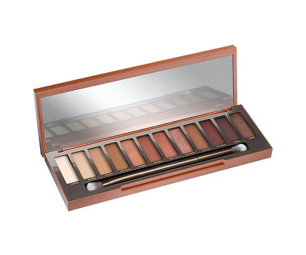 "**Naked Heat Eyeshadow Palette by Urban Decay** <br><br> On the Mecca website, the Urban Decay Naked Heat Eyeshadow Palette has an average 4.7 star rating from 320 reviews. That's pretty impressive in our not-so-humble opinion. This collection of 12 neutrals contains red-browns, deep bronzes, burnt oranges and sandy nudes in matte and shimmer finishes. <br><br> *$83, available at [MECCA](https://www.mecca.com.au/urban-decay/naked-heat-eyeshadow-palette/I-027807.html|target=""_blank""