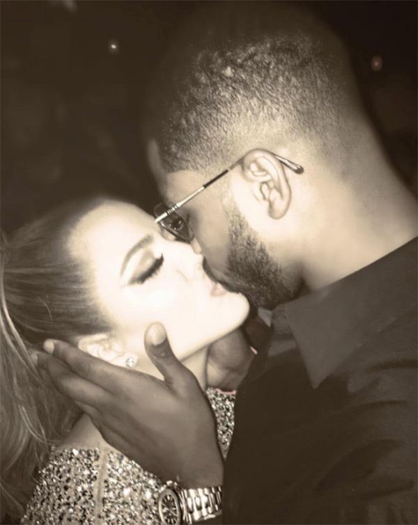 Khloé Kardashian and Tristan Thompson kissing on the dance floor. (Sourced from Instagram.)