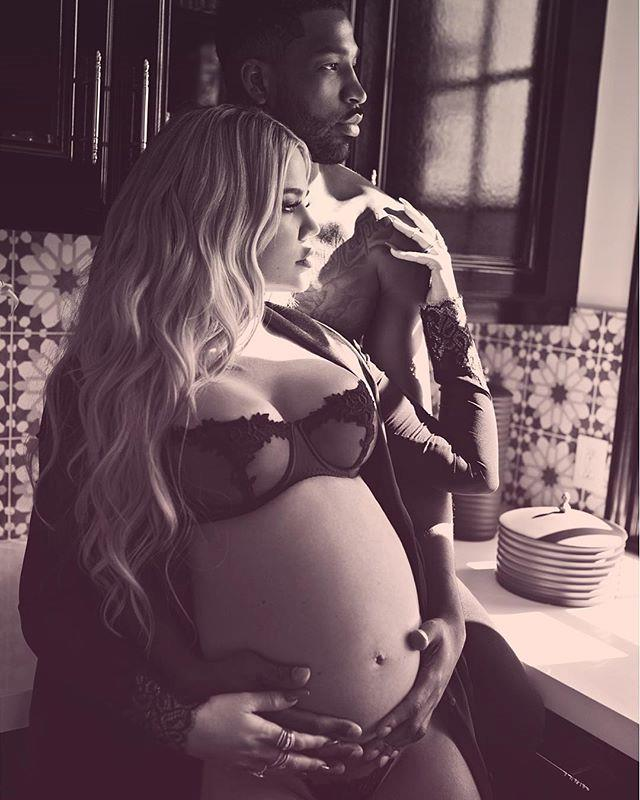 Khloé Kardashian and Tristan Thompson during their maternity shoot. (Sourced from Instagram.)