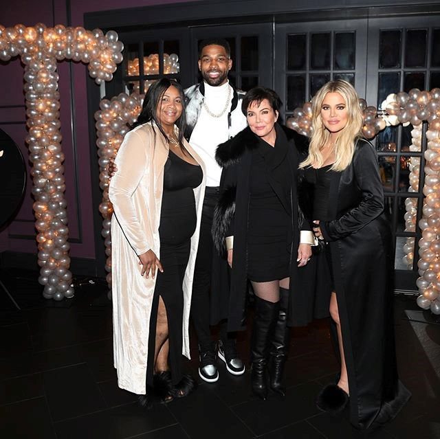 Khloé Kardashian, Tristan Thompson, Kris Jenner and Tristan's mum at Tristan's birthday party. (Sourced from Instagram.)