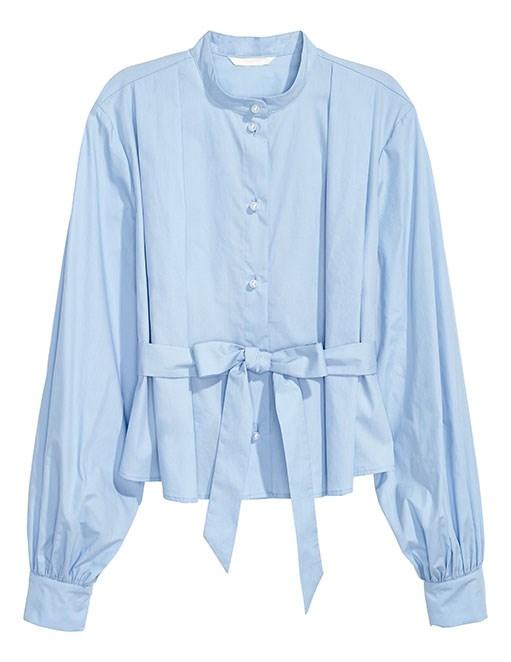 "Blouse, $29.99 at [H&M](https://www.hm.com/au/store-locator|target=""_blank""|rel=""nofollow"")"