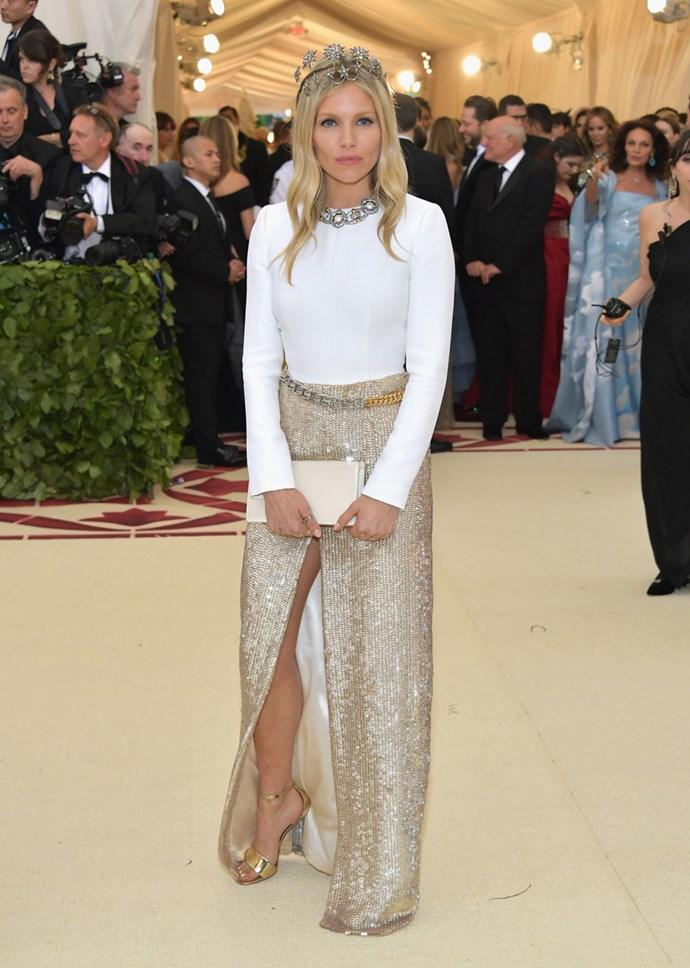 Sienna Miller in Louis Vuitton