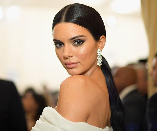 **Kendall Jenner** <br> Rather than going down the avant-garde route, Kedall Jenner kept things sleek and chic.