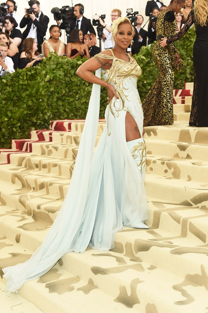 Mary J Blige in Versace
