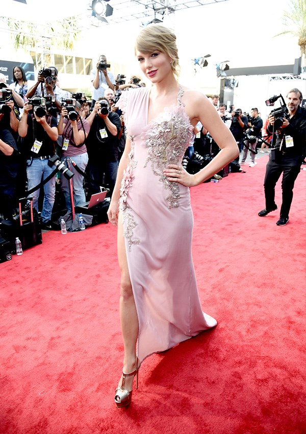 Taylor Swift at the 2018 Billboard Music Awards.