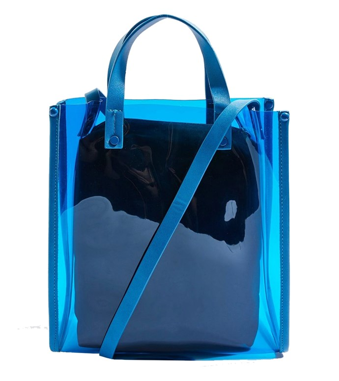 "Bag, $18 at [Topshop](http://www.topshop.com/en/tsuk/product/bags-accessories-1702216/perspex-shopper-bag-7669259?bi=40&ps=20|target=""_blank""