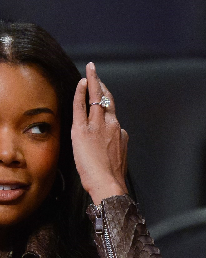 Gabrielle Union's engagement ring is structured exactly the same as Baldwin's.