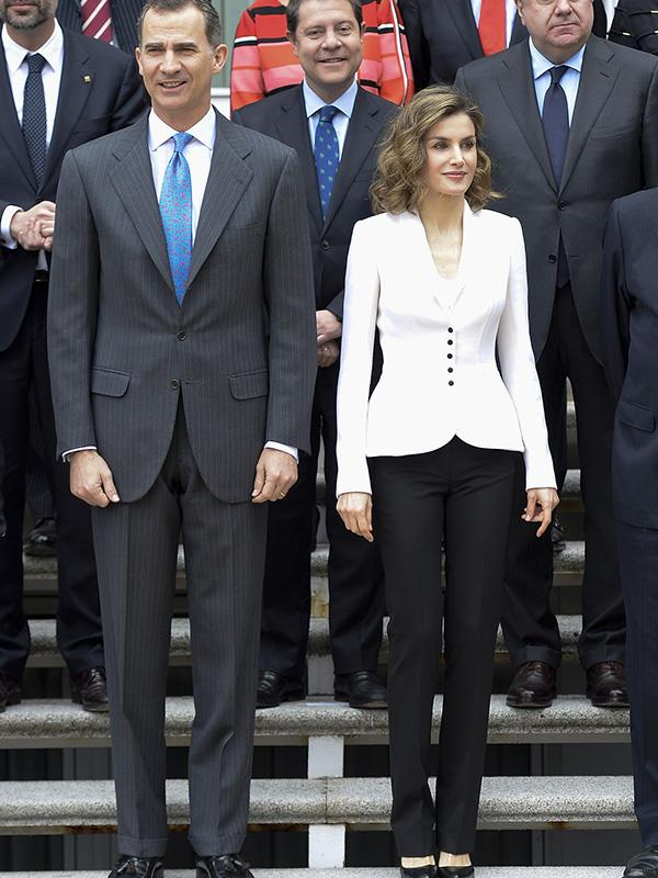 "**QUEEN LETIZIA OF SPAIN** <br><br> [Queen Letizia](https://www.harpersbazaar.com.au/fashion/queen-letizia-melania-trump-16759|target=""_blank"") always puts her best style foot forward—and this white streamlined blazer by Spanish designer Felipa Varela has proven one of her favourites."