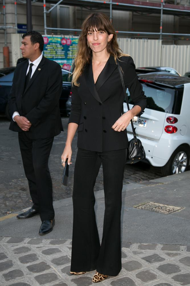 ***A splash of leopard print solves everything***<br><br> Black-on-black-on-black outfits are an easy go-to in the depths of winter, but if yours are becoming too drab, adding an element of leopard print (like Lou Doillon's pumps with her double-breasted suit) is a fast-track to French-girl cool.