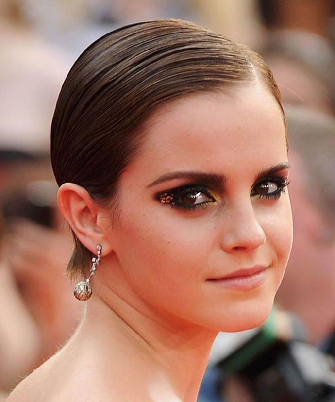 Emma's transition to grown-up glamour is clear at the premiere of the final Harry Potter movie – <em>Harry Potter And The Deathly Hallows: Part 2</em>. Her slicked hair and nude lip highlighted her smoky eyes as gold sparkles and eyeshadow gave luminosity to the inner eye.