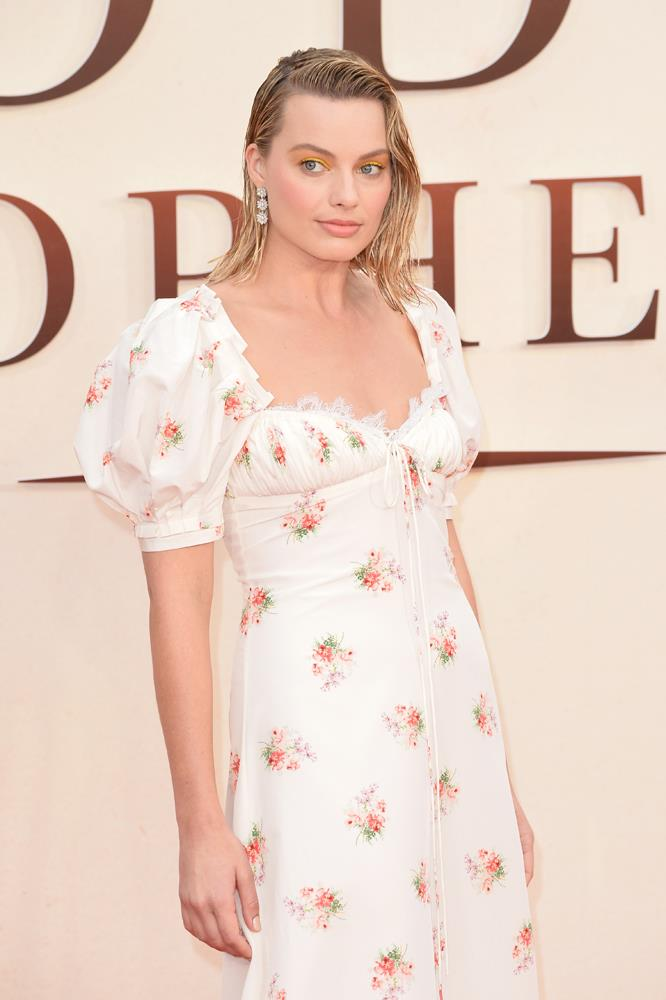Margot Robbie in Brock Collection.