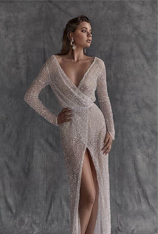 "Gown, POA, [Cassandra Renee](https://www.cassandrarenee.com.au/aries|target=""_blank""|rel=""nofollow"")."