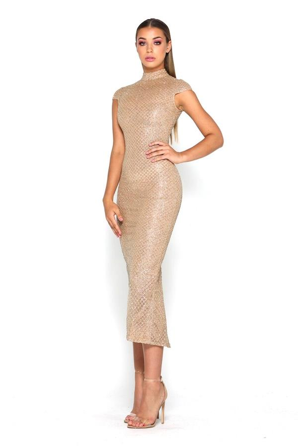 """Shannon wore the 'Honey' gown by [After Dark](https://www.afterdark.com.au/shop/cocktail-dresses/ps0030-honey/