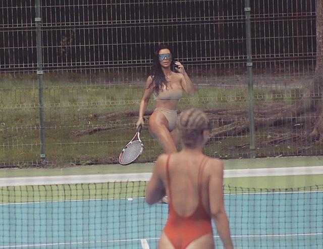 "*Image: [Instagram](https://www.instagram.com/kimkardashian/|target=""_blank"")*"