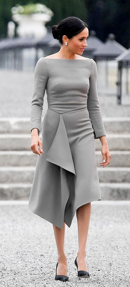 ***Presidential meeting in Ireland***<br><br> Dress by Roland Mouret: $2,689<br> Earrings by Birks: $16,299<br> Shoes by Paul Andrew: $848<br> Bag by Fendi: $8,828<br> Total: **$28,664**