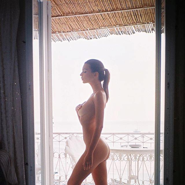 "Enjoying the, ahem, views.  <br><br> Instagram: [@emrata](https://www.instagram.com/emrata/|target=""_blank""
