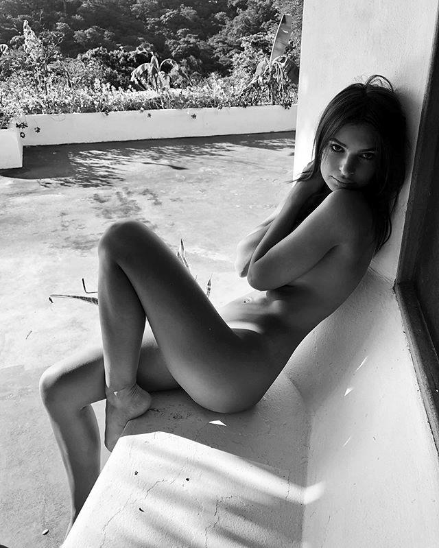 "It may as well be Em's birthday everyday because she rocks a birthday suit like no other.  <br><br> Instagram: [@emrata](https://www.instagram.com/emrata/|target=""_blank""