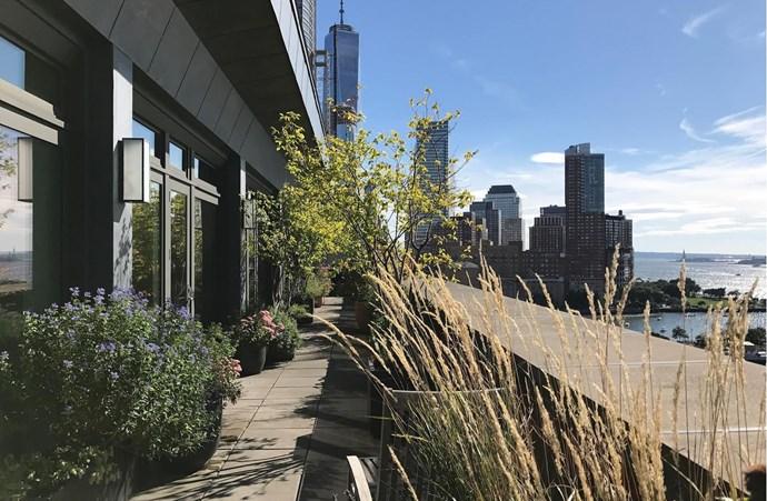 "Image via [Douglas Elliman](https://www.elliman.com/new-york-city/river-lofts-92-laight-street-ph-manhattan-fvslefv|target=""_blank""|rel=""nofollow"")."
