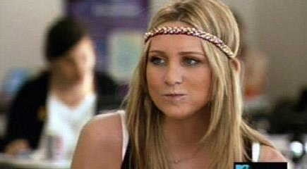 You thought LC was the only person that could rock wildly unnecessary headbands? Fret not, because Stephanie Pratt can, too.
