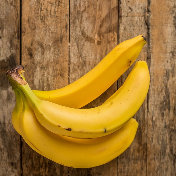 **Bananas** <br><br> While we don't suggest you get on board any of the crazy 40-bananas-a-day diets, we do recommend at least one a day. With close to 500mg of potassium and 3.5g of dietry fibre (for a large-sized one, that is) bananas not only help to flush out toxins, control minerals and keep your body's blood sugar levels in check, they also help you feel fuller for longer.  <br><br> Also, contrary to what many people believe, it's best to eat bananas when they're spotty and turning brown as, the riper they are, the easy they are to digest. Unripe bananas can actually cause bloating and indigestion due to resistant starch.