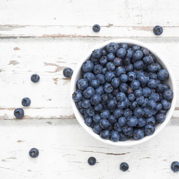 **Blueberries** <br><br> Packed with free-radical-destroying antioxidants, blueberries are a collagen-boosting snack.