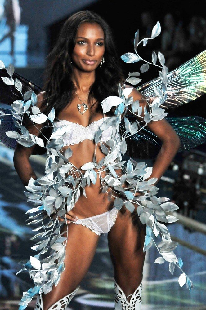 ***Jasmine Tookes***<br><br> Jasmine is still firmly in the VS family, meaning she'll be in the line-up this year, too.