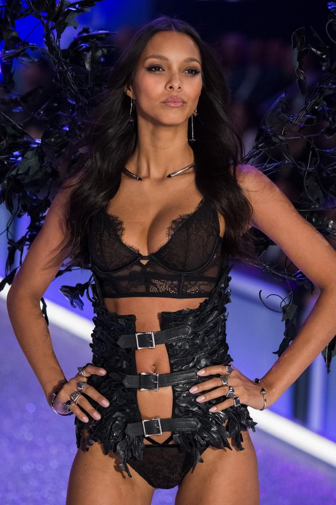 ***Lais Ribeiro***<br><br> She might not be wearing the Fantasy Bra again this year, but Lais will still be a major part of the show.