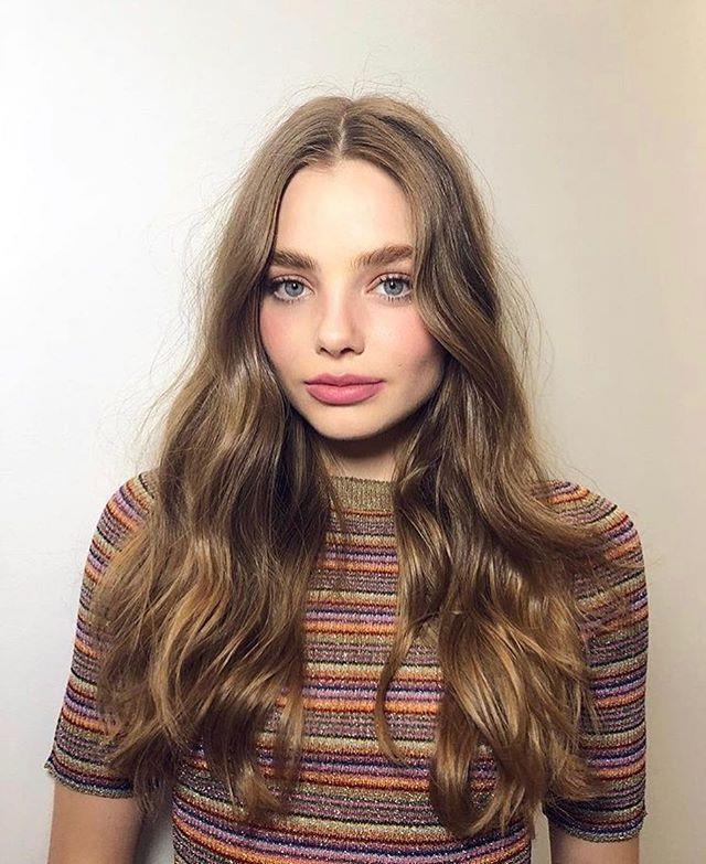 "**Kristine Froseth—Veronica** <br><br> Just like her female co-star, Kristine Froseth also appears to be single (that or she's very good at keeping it private). A quick trawl of Kristine's Instagram feed shows a handful of model outtakes and BTS shots, but there are no romantic photos, suggesting that the youngster is single.    <br><br> Image: [@kristinefroseth](https://www.instagram.com/kristine_froseth/|target=""_blank""
