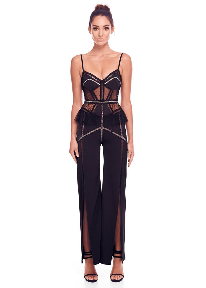 "Sophie wore the 'Capri' pantsuit, $349, by [Eliya the Label](https://eliyathelabel.com.au/collections/jumpsuits/products/capri-pantsuit?variant=1149460611075|target=""_blank""