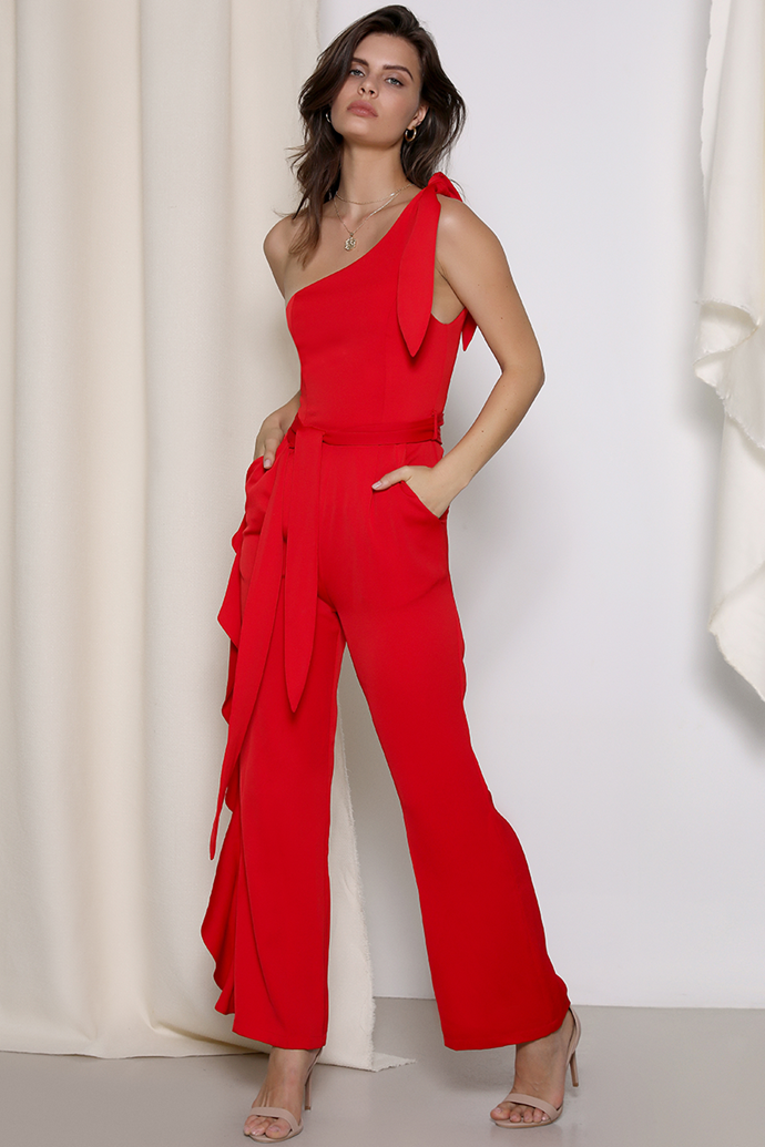 "Deanna wore the 'Bridgette' jumpsuit, $219, by [Prem the Label](https://premthelabel.com/bridgette-jumpsuit/|target=""_blank""